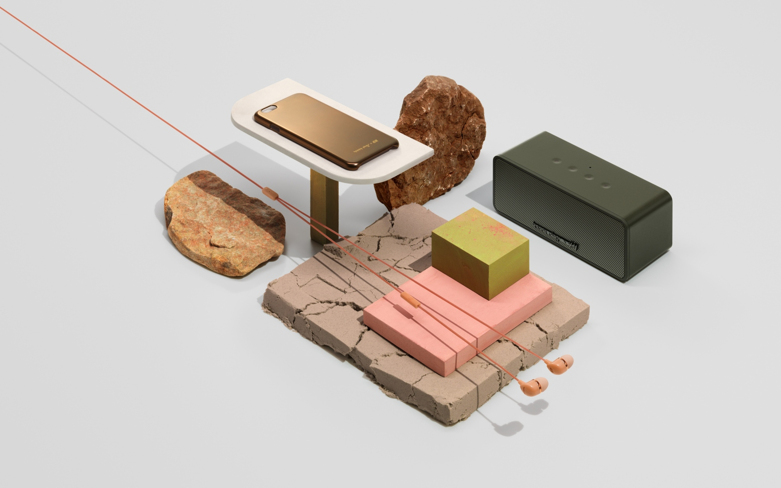 H&M x Happy Plugs – Carl Kleiner