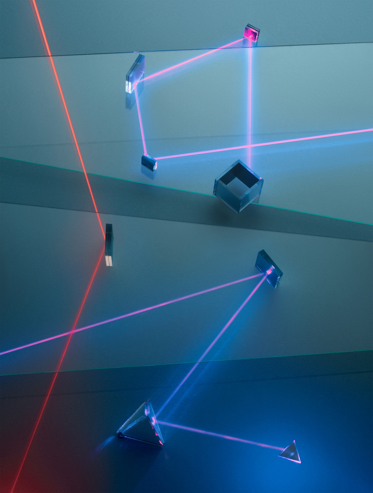 Wired – Sam Hofman